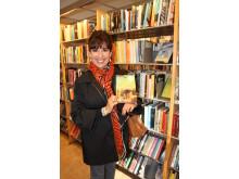 Cecilia Samartin hittar Senor Peregrino på Hornstulls bibliotek