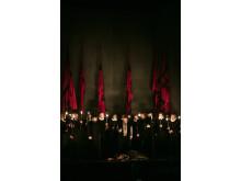 Rigoletto 2015 på NorrlandsOperan. NorrlandsOperans herrkör, Johan Hallsten (Marullo), Fredrik af Klint (Borsa), Kosma Ranuer (Greve Ceprano), Teresia Bokor (Gilda)