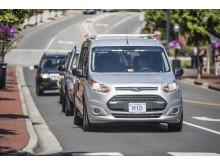 TZ_Ford a Virginia Tech vyvíjejí signály které umožní autonomním vozům komunikovat s lidmi