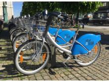 Styr & Ställ-cyklar på Gustav Adolfs torg mitt i Göteborg.