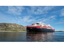 MS Roald Amundsen - Photo credit Hurtigruten _  Espen Mills - 04