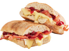 Costa_Brie, Bacon & Cranberry Panini