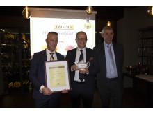 F.v: Food & Beverage Manager på Scandic Nidelven, Espen Teigseth, Hotelldirektør på Scandic Nidelven, Kjetil Vassdal og Stephen Twining.