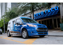 Rozvážkový automobil Ford bez řidiče 6