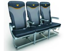 De ergonomiske Recaro-stole giver ikke blot bedre siddekomfort mens også ca. fire centimeter yderligere benplads.