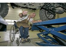 Autowerkstatt Rollstuhl