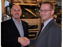 Jan Nilsson, mässansvarig för Logistik & Transport på Svenska Mässan och Niklas Gustavsson, chef för Public Affairs på Volvo Group