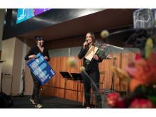 Kristina Ulander mottar pris för Årets Innovatör student vid Luleå tekniska universitet 2019