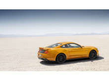 New-Ford-Mustang-V8-GT-with-Performace-Pack-in-Orange-Fury-4