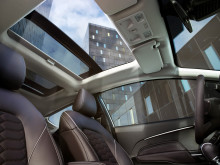 Nya Ford Fiesta Vignale med panoramaglastak.