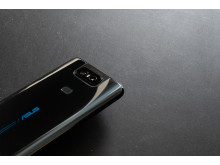 ZenFone_6_HandsOn_CameraClosed