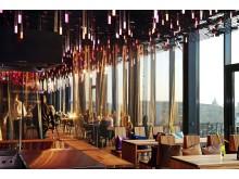 6.000 LED-Leuchten illuminieren die oberen Etagen und sind vom Augustusplatz zu sehen