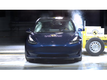 Tesla Model 3 Side crash test June 2019