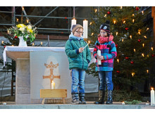 1.000 Kerzen erstrahlen im Merseburger Dom