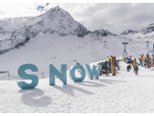 SportScheck eröffnet auf dem Stubaier Gletscher Anfang November die Skisaison.