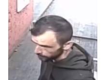 Welling robbery 02 - CCTV still