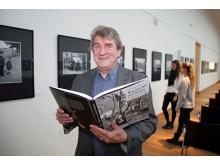"""Karl Detlef Mai präsentiert den Bildband """"Reporter auf drei Rädern"""""""