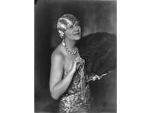 Nell Walden inför Reiman-Ball konstnärsmaskerad 1927