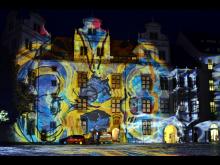 Lichtkunst vom Atelier Ingo Bracke im Schlosshof Torgau