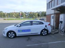 # E6 test drive IONIQ