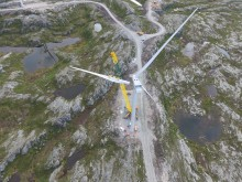 Montering av siste turbin i Storheia vindpark, bilde 3