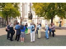 Das neue Bach-Denkmal vor der Thomaskirche in Leipzig ist eine Station bei den Bachrundgängen 2018