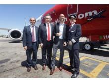 Kuvassa vasemmalta: Tourism Chamber Argentinan puheenjohtaja Aldo Elias, matkailuministeri Gustavo Santos, liikenneministeri Guillermo Dietrich ja Norwegian Air Argentinan toimitusjohtaja Ole Christian Melhus.