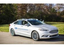 Ford presenterar nästa generations självkörande Ford Fusion.