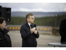 Närings- och innovationsminister Mikael Damberg, talar vid Scandinavian Mountains Aiport.