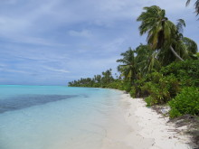 Mainadhoo island, one of the islands included in the study (Photo credit: Holly East)