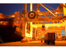 A Cavotec motorised cable reel powers an STS container crane at the Port of Oakland