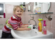 Händewaschen nicht vergessen, Mädchen solo