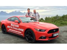 Knut og Henrik vil sette verdensrekord med sportsbilikonet Ford Mustang