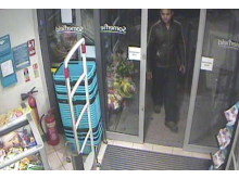 Vyas entering store