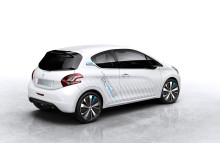 0,2-litersbilen Peugeot 208 HYbridAir_02
