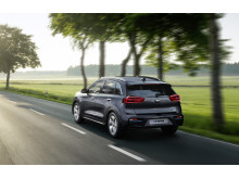 kia_niro_ev_my20_rear_driving_15503_94816