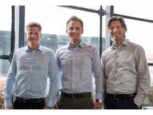 Direktør for Sproom, Thomas Permin Berger (TV), direktør for e-conomic og Visma Software i Danmark, Mads Rebsdorf samt partner i Sproom, Steen Haunstrup(TH)