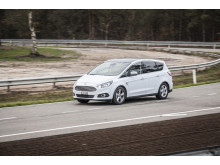 Ford S-MAX AWD (3)