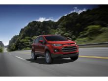 Ford viser EcoSport i Paris, ny SUV med småbilens praktiske egenskaper
