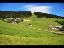 verschieden Kurterrainwege laden rund um Oberwiesenthal ein