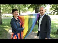 PRM_Malin_Aronsson_Fredrik_Hansson_flaggning_pride.jpg