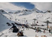 Auf dem Stubaier Gletscher hat es jetzt schon 50 cm Pulverschnee.