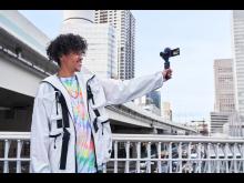 Sony ZV-1_VPT2BT_Grip_Selfshooting_vlogger-Mid