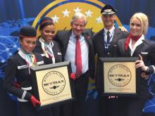 CEO Bjorn Kjos receives SkyTrax Awards at Paris Air Show