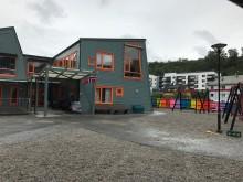 Damsgård barnehage AS ble etablert av Laksevåg Kvinne- og familielag i 2008.