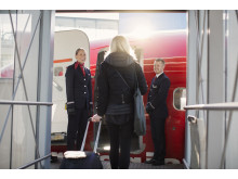 Norwegians kabinpersonal önskar välkommen ombord