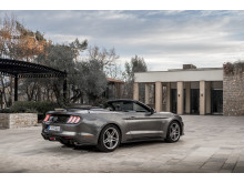 2018FordMustang_Magnetic_003
