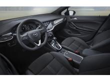 en_Opel-Astra-Interior-507811