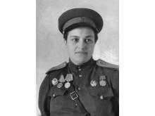 Lyudmila_Pavlichenko,_before_title (kopia)