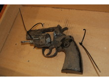 Blank firing gun found in Wavertree